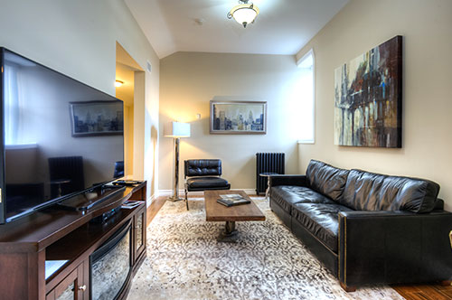 Western Hotel Penthouse Suite