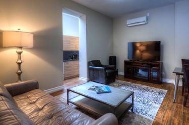 Western Hotel Standard Queen Suite